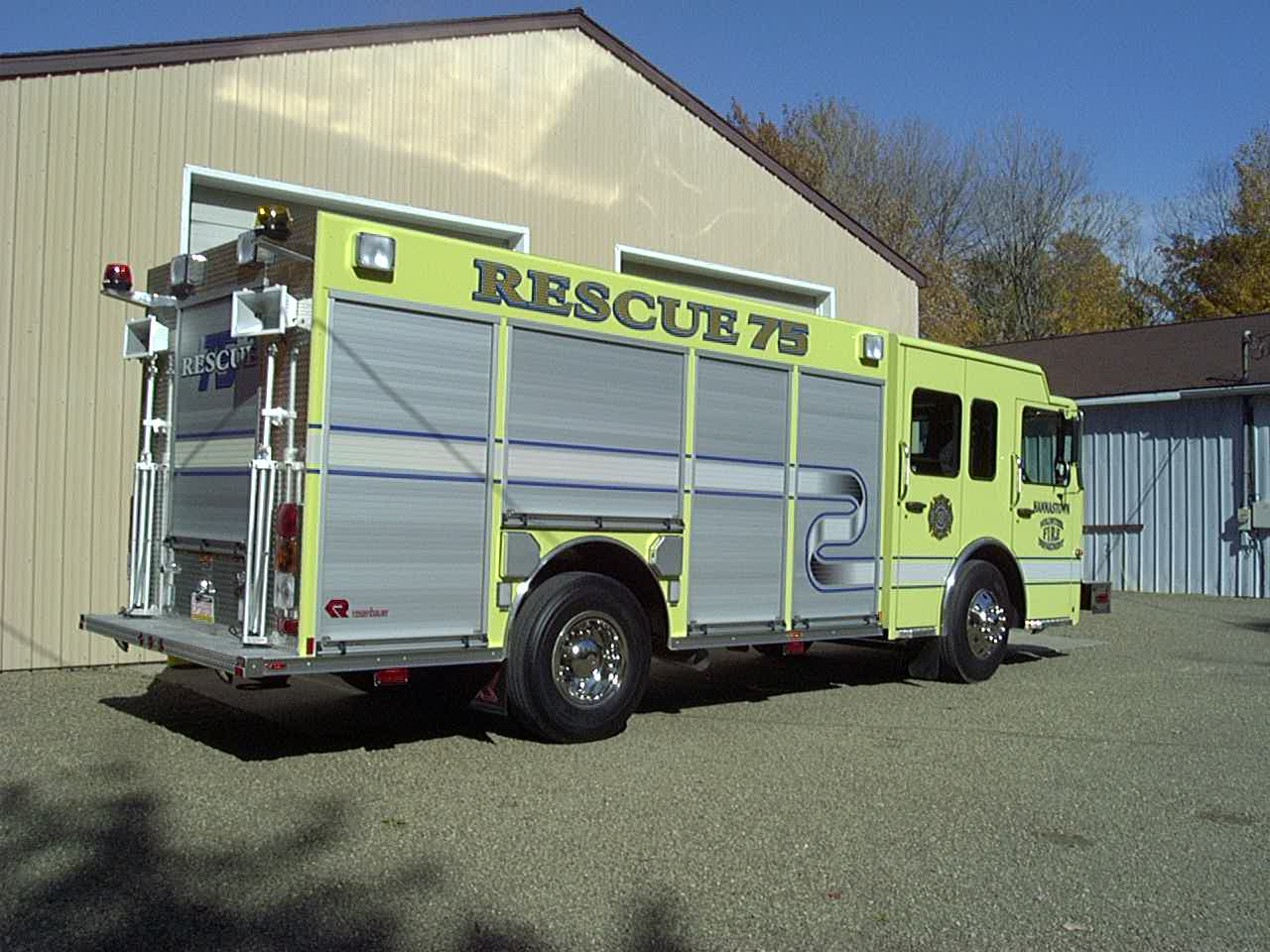 Aluminum 16 Ft. Apparatus Body with ROM Roll-up Doors Rescue Style Compartments Full-Height Rear Compartment with 500 lb. Roll-out Tray and Drop-Down Tray ... & Hannastown VFD Pezcame.Com